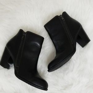 Sofft 6.5 ankle boot black